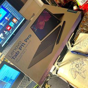 Lenovo P11 Pro Tab Tablet Premium